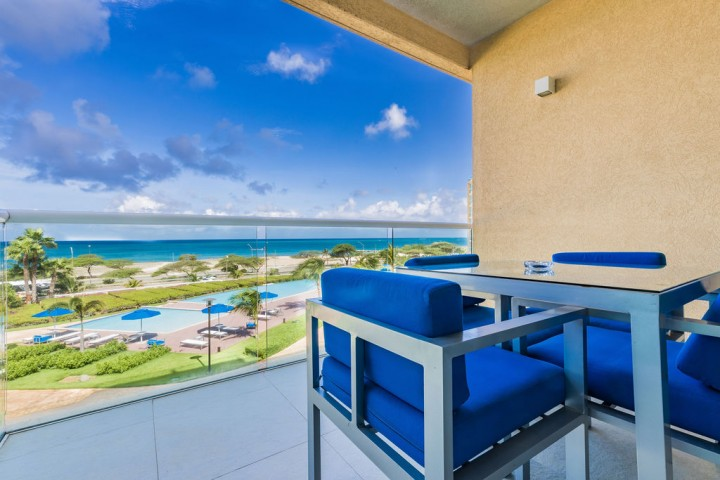 Blue Residence 324 Sold!