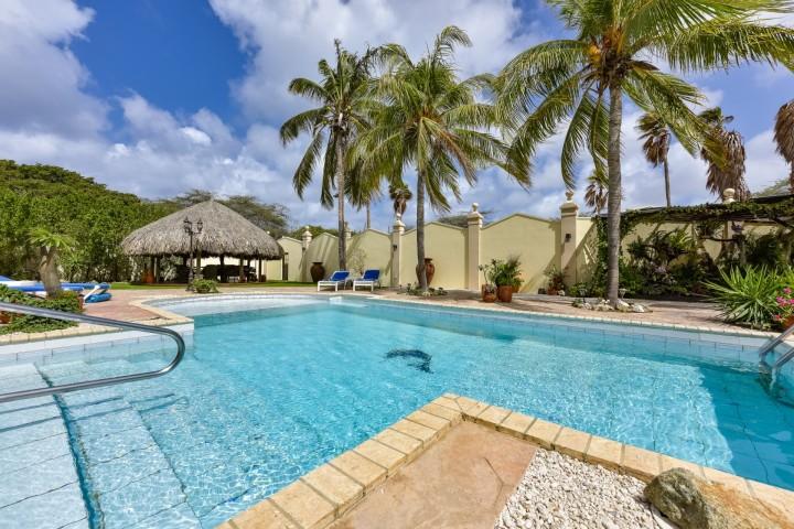 Oranjestad Luxury Villa photo 5