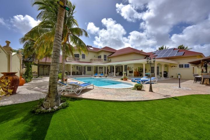 Oranjestad Luxury Villa photo 3